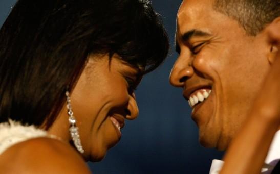 Barack_Michelle_background_page-bg_2093